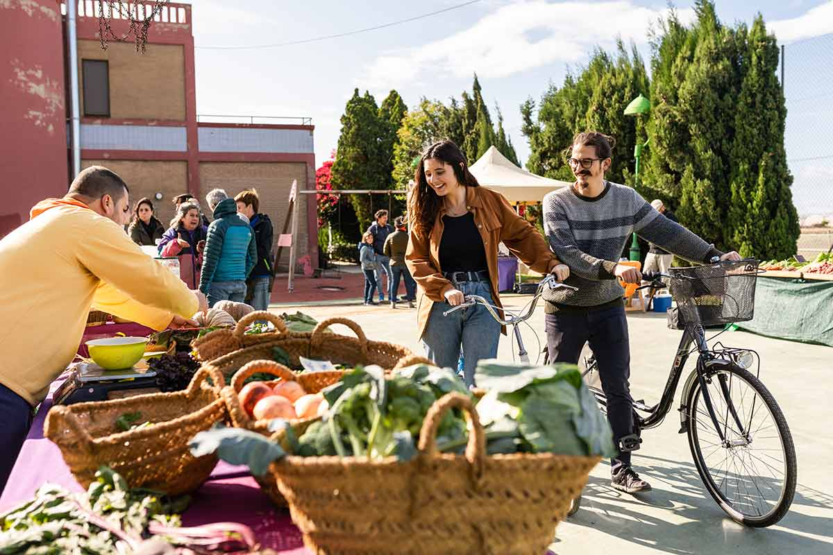 Mercado de la huerta valenciana en primavera