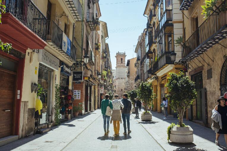 Barrio del Carmen: exprime al máximo un día en el corazón de la ciudad