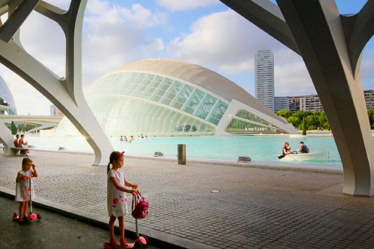 El Puente del Pilar en València: llega (por fin) la hora de disfrutar