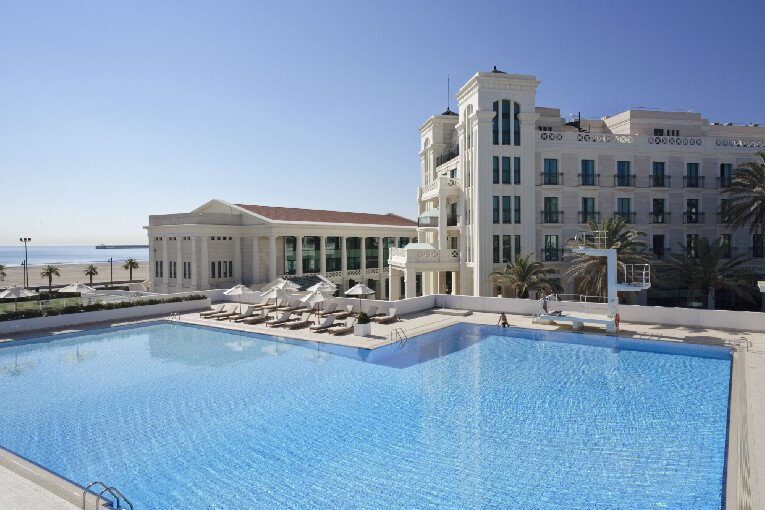 Los mejores hoteles con piscina en València